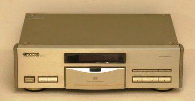 lecteur cd pioneer pd 77 gold bernard billon. Black Bedroom Furniture Sets. Home Design Ideas