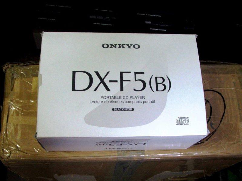 lecteur de cd portable onkyo dx f5 neuf bernard billon. Black Bedroom Furniture Sets. Home Design Ideas