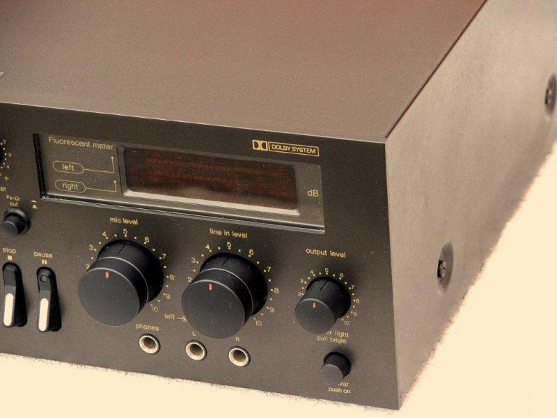 lecteur enregistreur de cassette audio technics 673. Black Bedroom Furniture Sets. Home Design Ideas